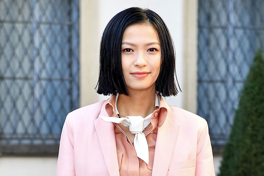 榮倉奈々、インスタに写った結婚指輪が話題に「指輪素敵すぎます」「つい目がいってしまう」 | ENCOUNT