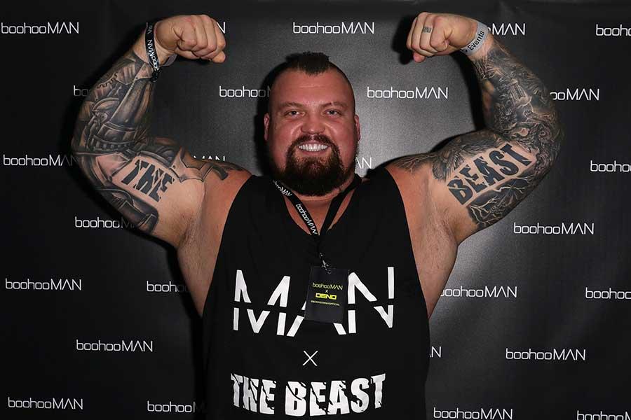 デッドリフト500kg男、2分間で