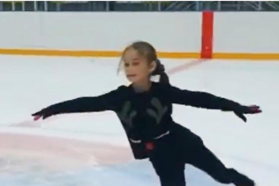 10歳少女が3A着氷 プルシェンコ門下生の才能に海外衝撃「信じられない」「軽々だね」 | THE ANSWER スポーツ文化・育成&総合ニュースサイト