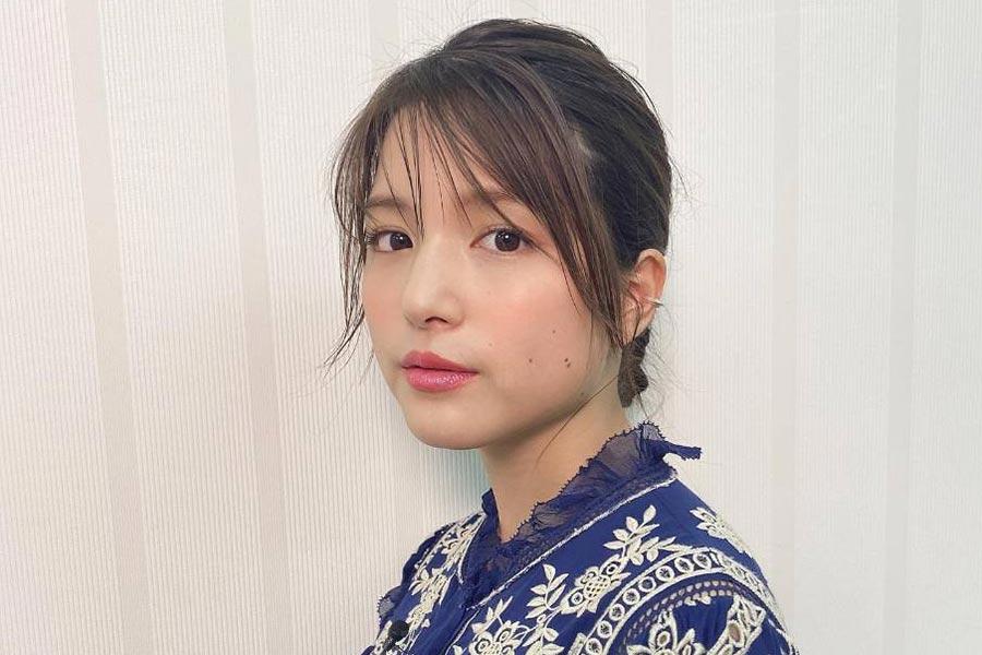 川島海荷、梅柄の浴衣姿公開 大人っぽい表情が視線くぎづけ | ENCOUNT