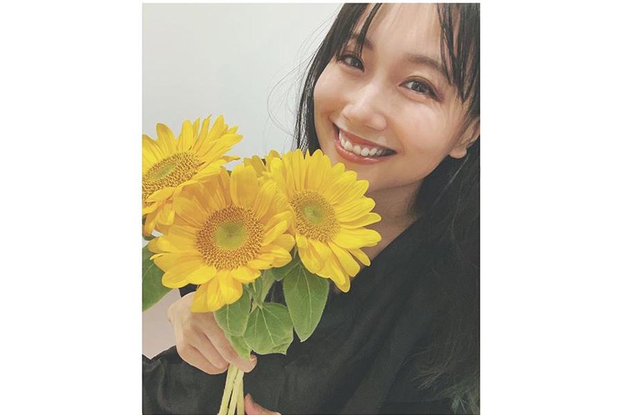 大塚愛、芸術の感性あふれる絵を公開 一輪の花で魅せる世界にファン脱帽   ENCOUNT