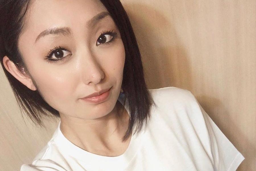 安藤美姫、妖艶なフラメンコ衣装姿を披露「抜群のスタイル」「情熱的」とファン感服   ENCOUNT