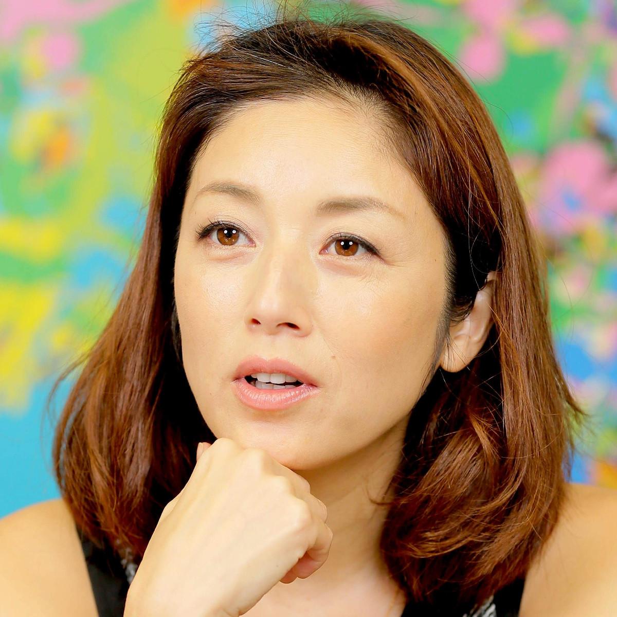 高岡早紀、10歳長女の全身ショットを公開「すっかり素敵なお姉さん」「背伸びた?」 : スポーツ報知