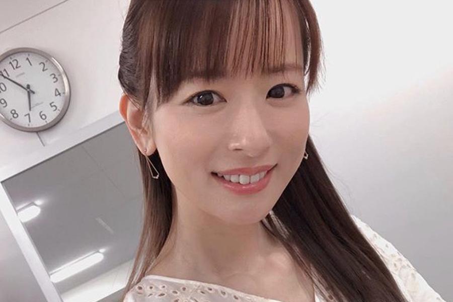 皆藤愛子、色鮮やかな紅葉とさわやか笑顔にファン悶絶「紅葉に負けない美しさ」 | ENCOUNT