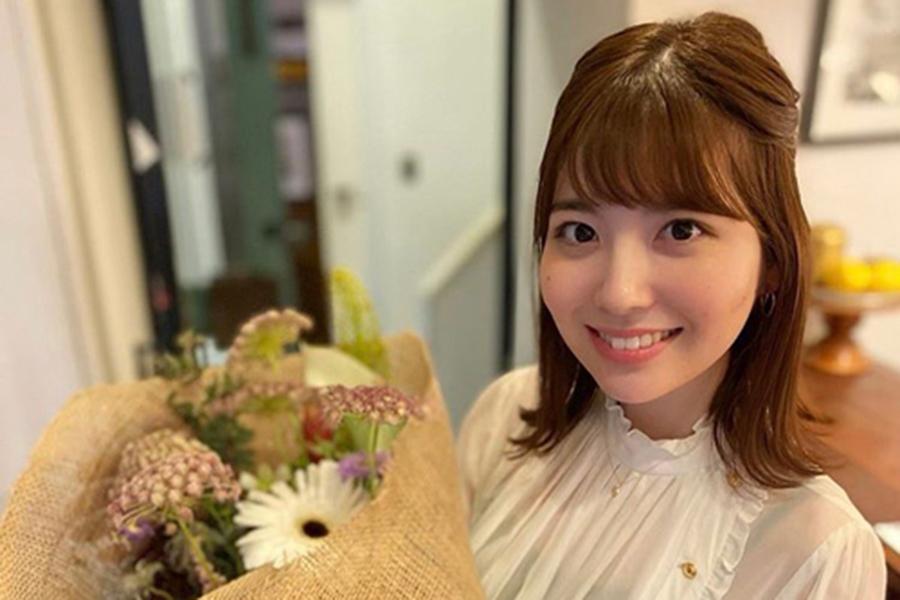 日テレ佐藤真知子アナ、非コスプレでも魅了 ハロウィーン写真が「モデルやん!」 | ENCOUNT