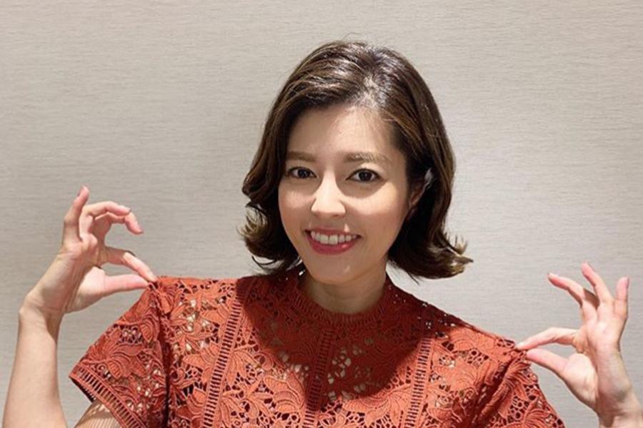 神田愛花アナ、太ももあらわな岡副麻希アナとのボウリングウエア2ショットを披露 | ENCOUNT
