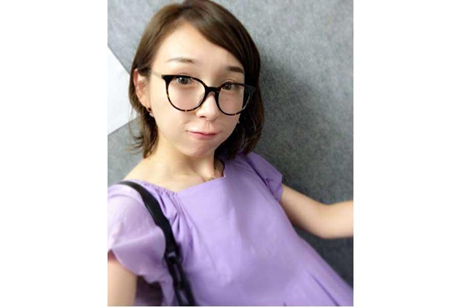 加護亜依、ピンクのハイヒールで魅了「可愛すぎます」「お洒落なママ」と喝采   ENCOUNT