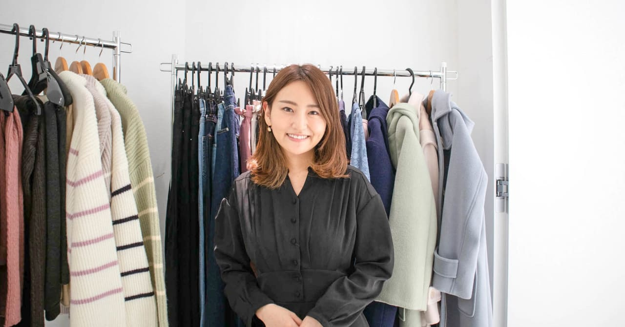 身長155cm以下の女性向けD2Cブランド「COHINA」が好調、インスタライブで顧客と服作り