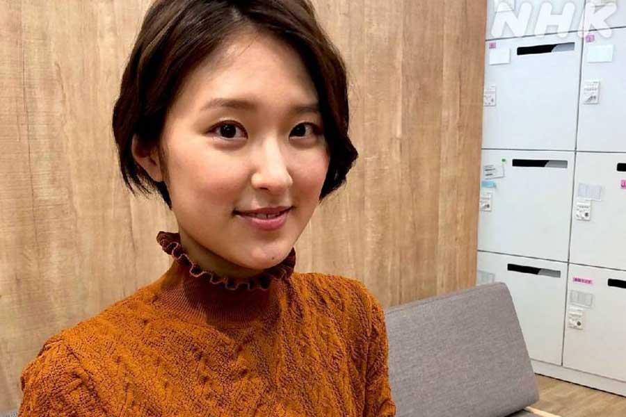 「あさイチ」近江アナの冬コーデ19種類を公開 重ね着やワンピースで魅了   ENCOUNT