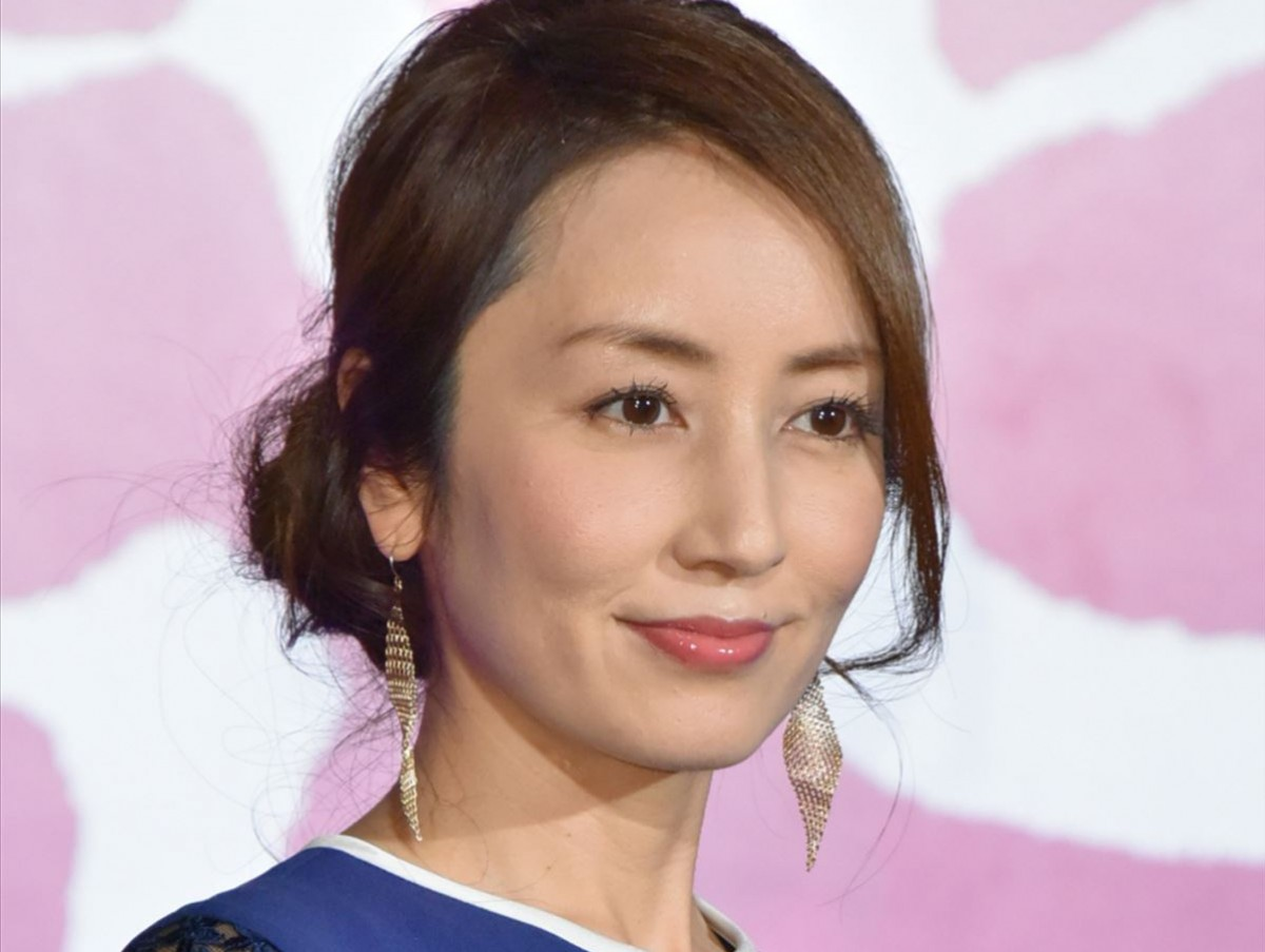 矢田亜希子「42歳になりました」 誕生日お祝いショットに反響 /2020年12月24日 1ページ目 - エンタメ - ニュース - クランクイン!