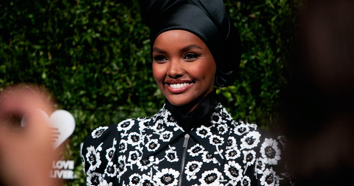 ムスリムモデルのハリマ・アデンがインスタで振り返る「ヒジャブとモデル活動」 | WWDJAPAN.com