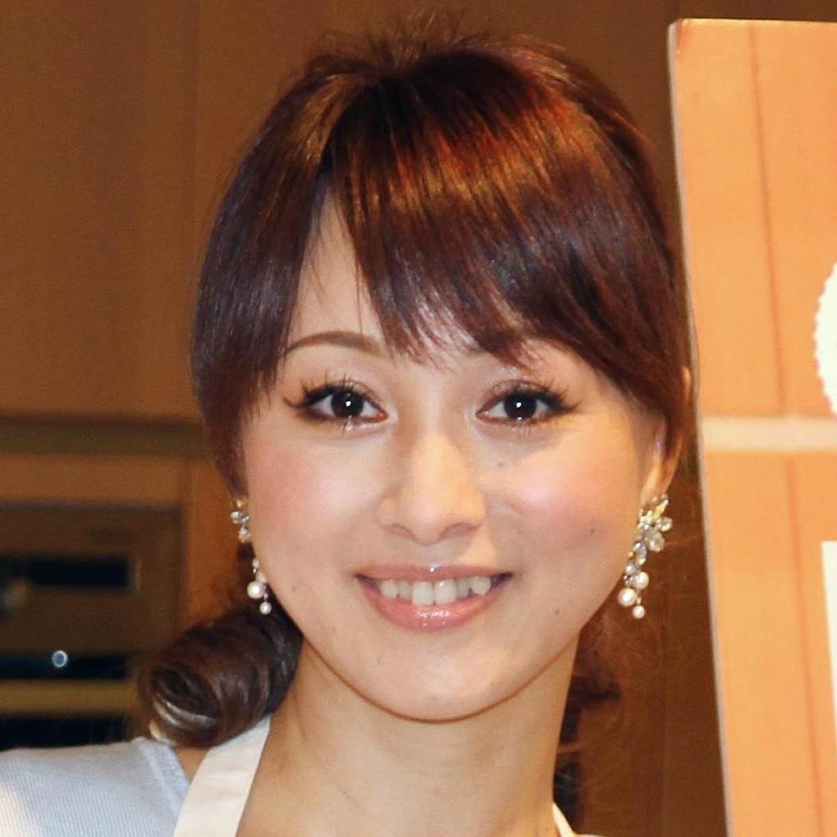 渡辺美奈代、ヴィトン&コンバースの私服コーデを披露「カッコ可愛い」「若いね」(スポーツ報知) - Yahoo!ニュース