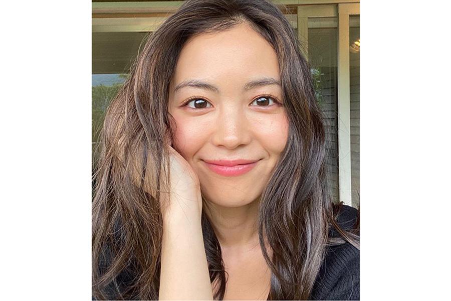 矢野未希子、「撮影のメイクが可愛くて」 画像公開にファンも絶賛「光り輝いている…」 | ENCOUNT