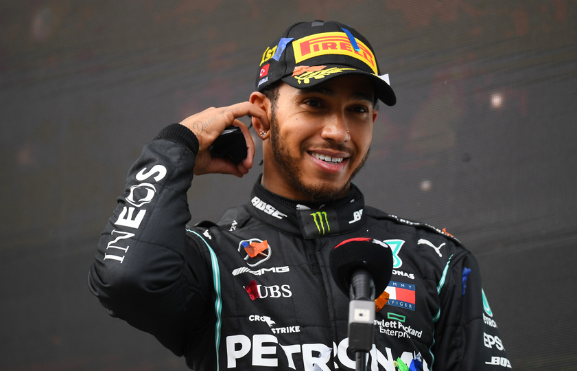 F1王者のルイス・ハミルトン、強さの秘訣は毎朝の山登り?   Business Insider Japan