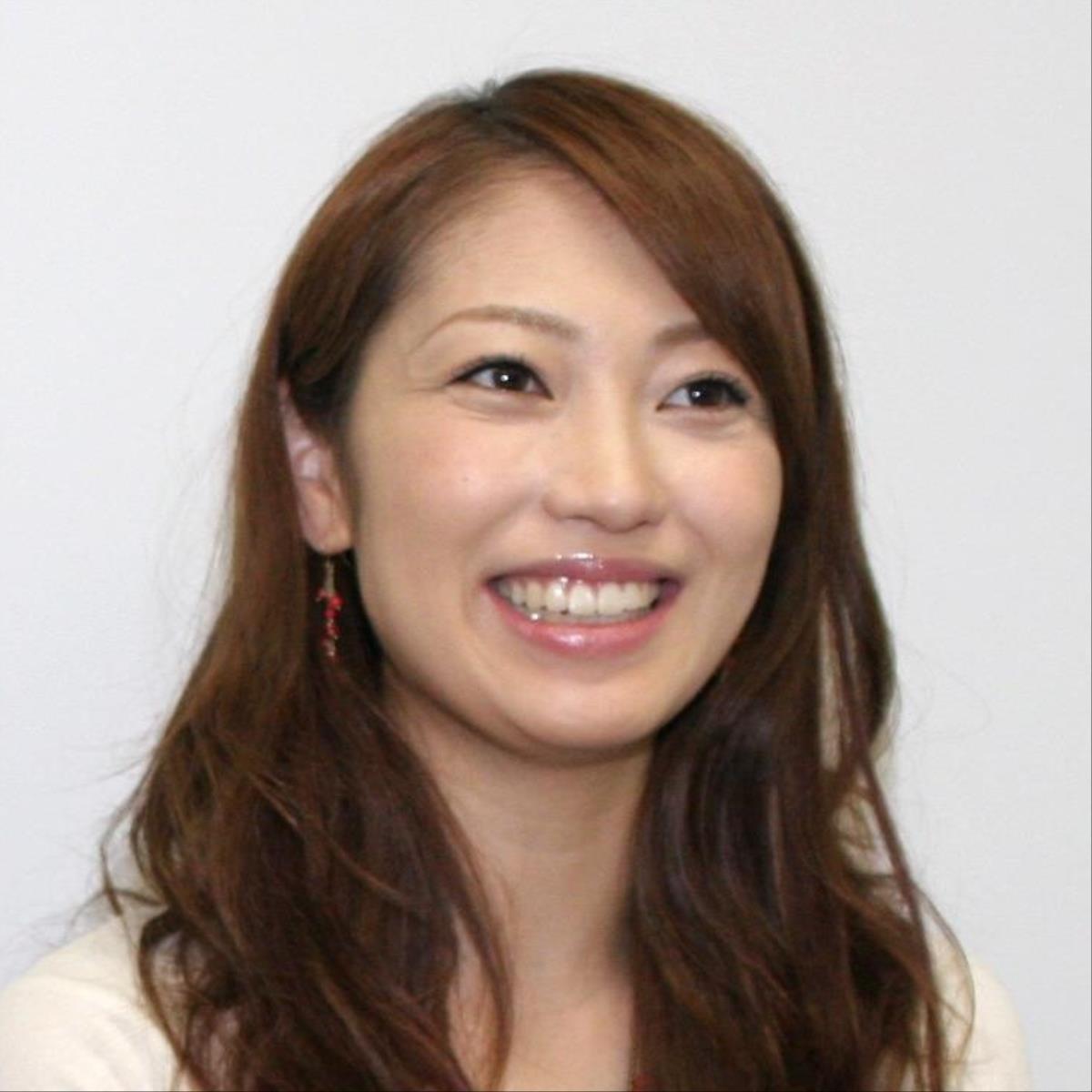 飯田圭織、エビが飛び出す「お節作りました」…「全部手作り凄いです!」のコメントも(スポーツ報知) - Yahoo!ニュース
