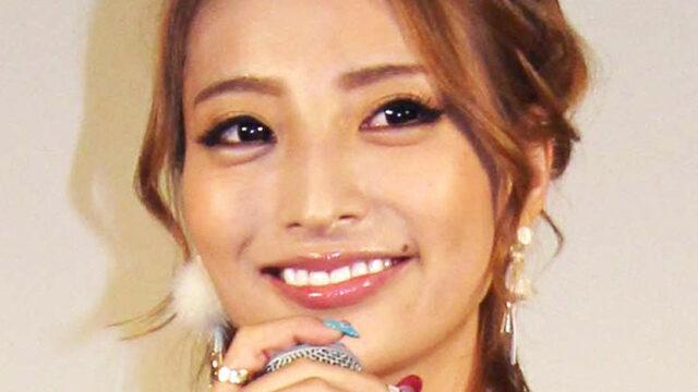 加藤紗里、8か月長女と初詣の親子ショット公開「ママの顔になってる」「大きくなったね」(スポーツ報知) - Yahoo!ニュース