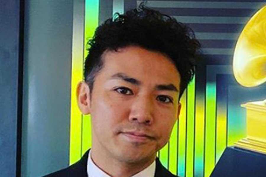 ピース綾部、ニューヨーカーらしい画像公開 「どんどんNYが似合ってきてる!」と話題に   ENCOUNT