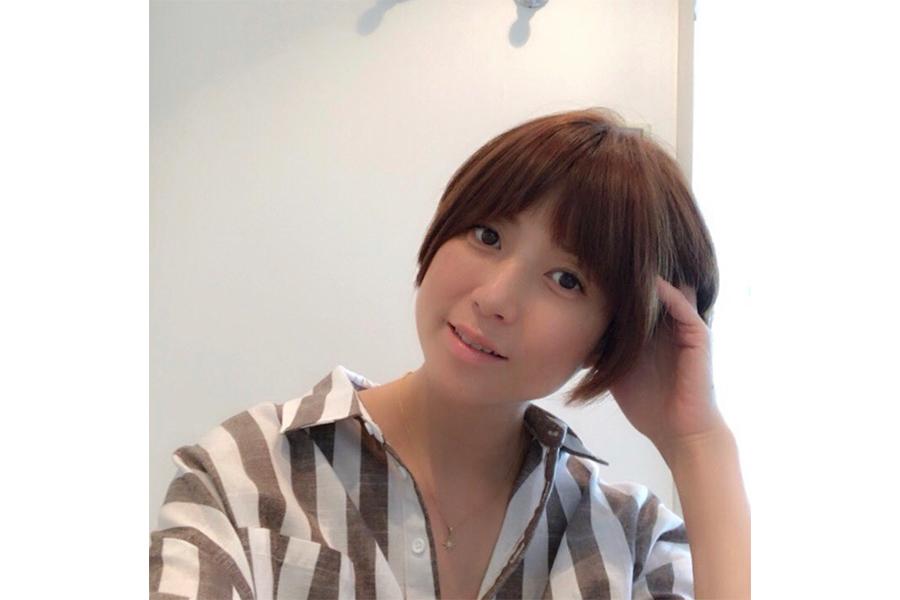 hitomi、45歳の誕生日報告 画像公開に驚き「とても45歳に見えないです」 | ENCOUNT