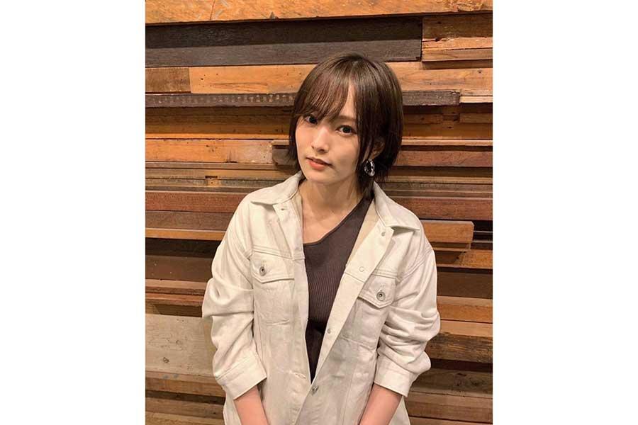 山本彩、人生初の陶芸に挑戦! 真剣な姿に「髪結んでるの可愛すぎる」 | ENCOUNT