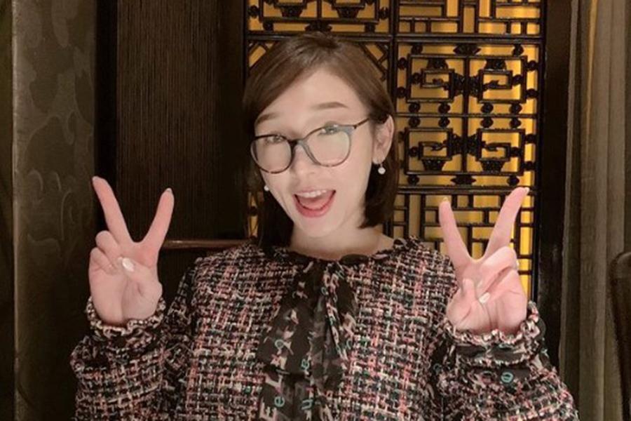加護亜依、「前髪下ろしたよ」 雰囲気一変の画像公開が「爆発的に可愛い!」と話題に | ENCOUNT
