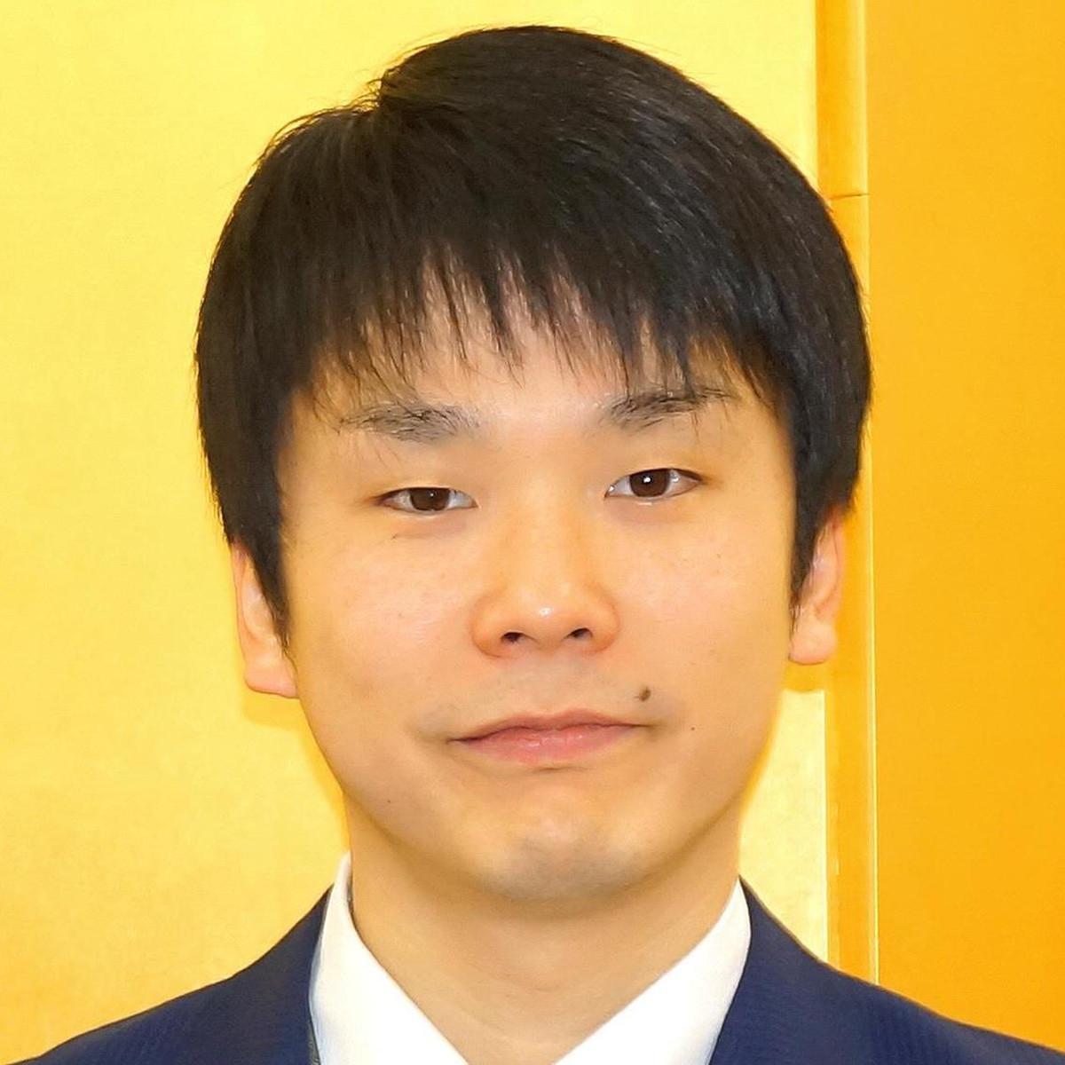 かまいたち濱家、コーンロウへアの妻の写真を公開「カッコよすぎ」「ガチストリートダンサー」(スポーツ報知) - Yahoo!ニュース