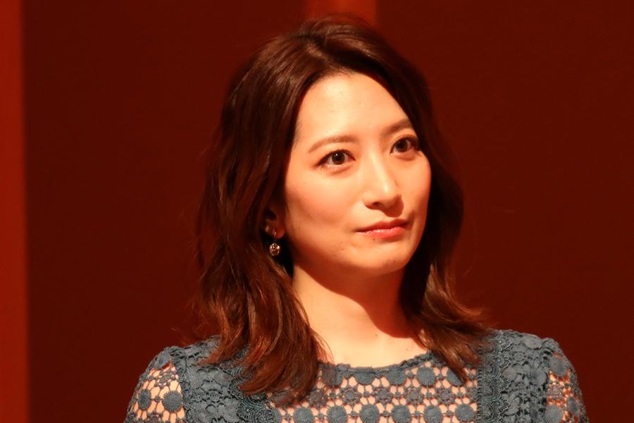 日テレ・笹崎里菜アナ、珍しいパンツスタイル 尾崎里紗アナと2Sが「可愛い過ぎる」(ENCOUNT) - Yahoo!ニュース